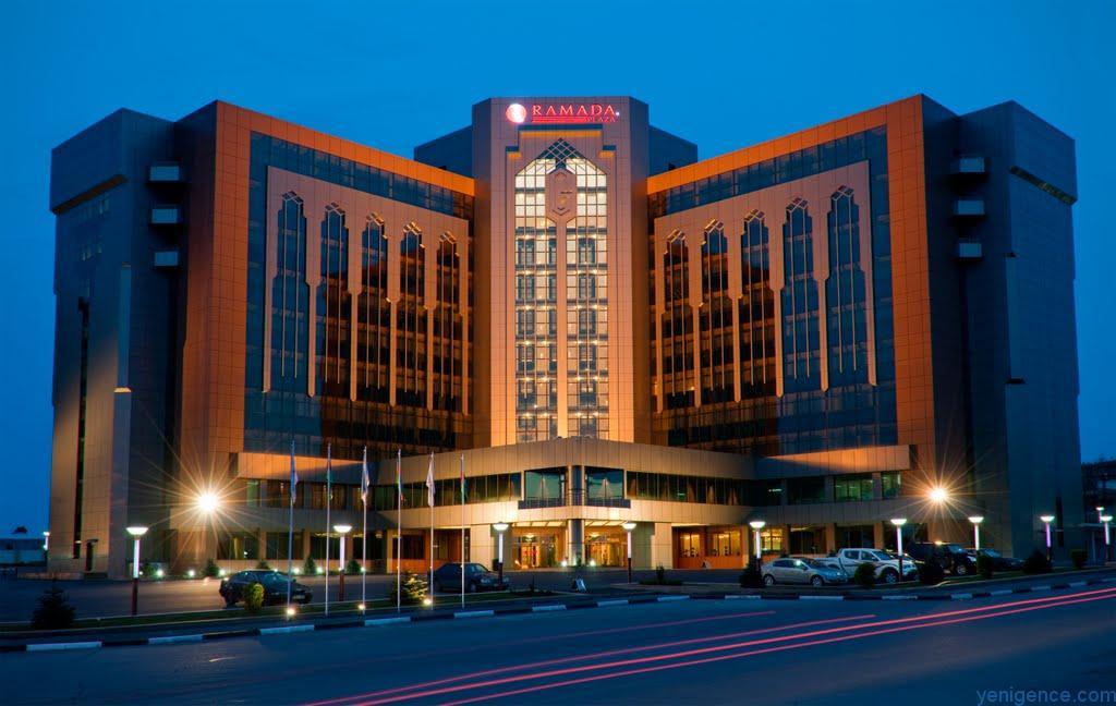 Ramada Plaza Hotel Ganja
